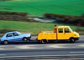 Main thumb car towing safety 2