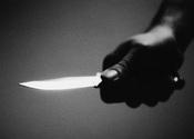 Main thumb knife attack